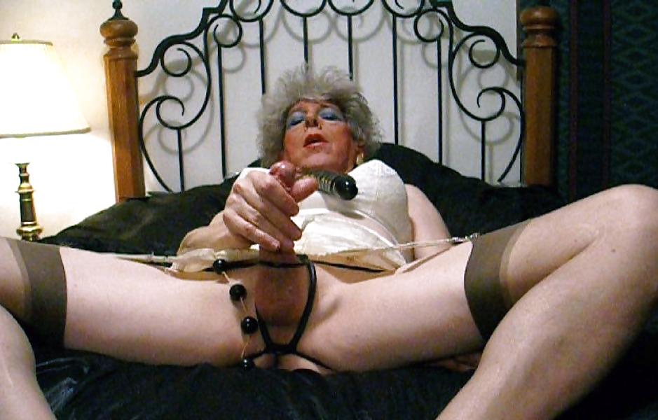 Granny Shemale Porn Photo