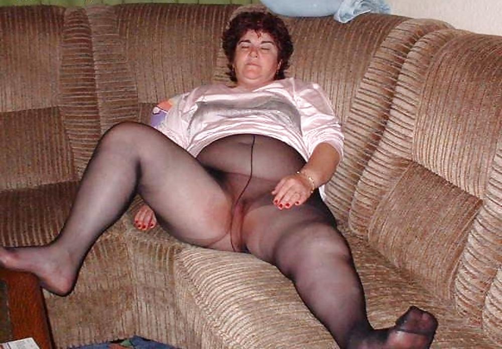 Chick free granny pantyhose tubes sweating couple kim