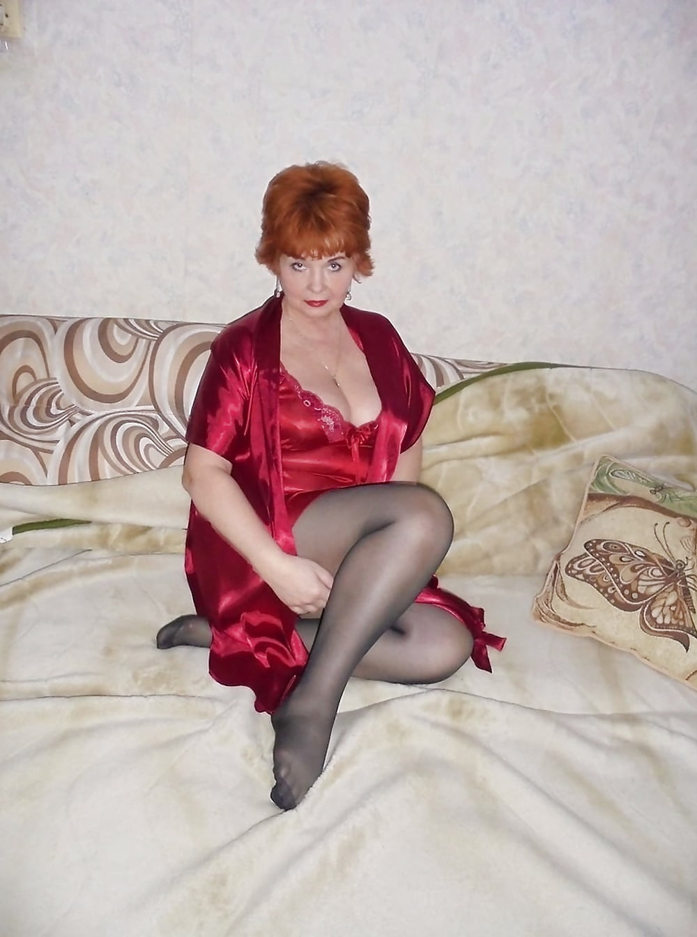 seks-zrelih-zhenshin-fotoalbomi-krasivaya-staraya-golaya-zhenshina