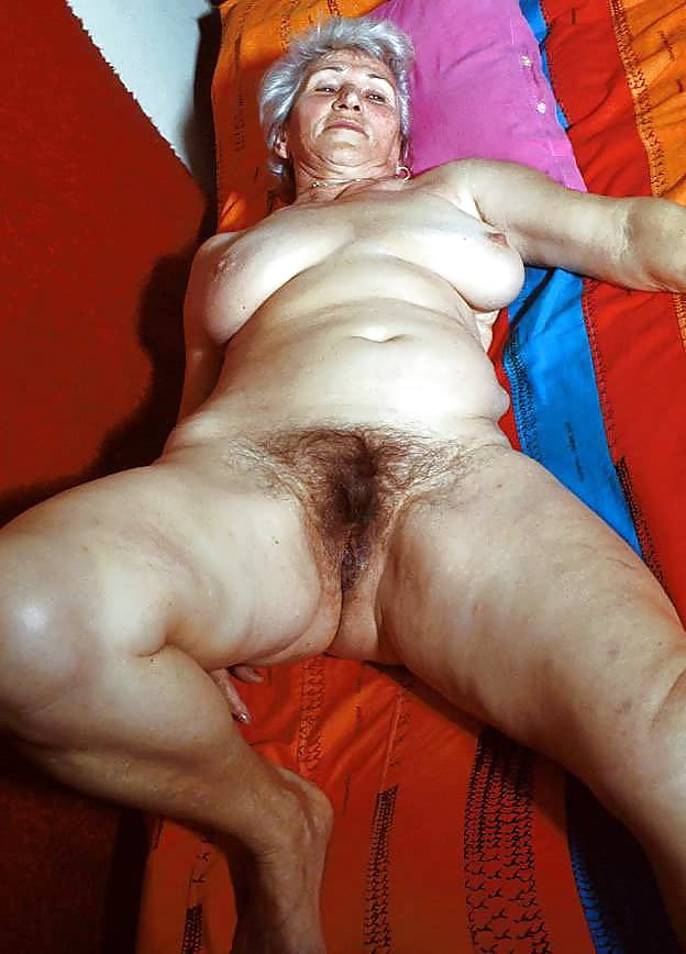 Giving wife an orgasm-8779