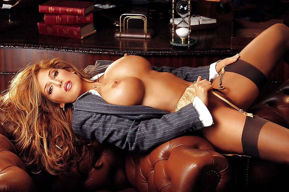 playmates-turned-to-porn-play-hot-girls
