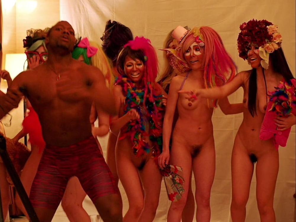 American hustle nude scene