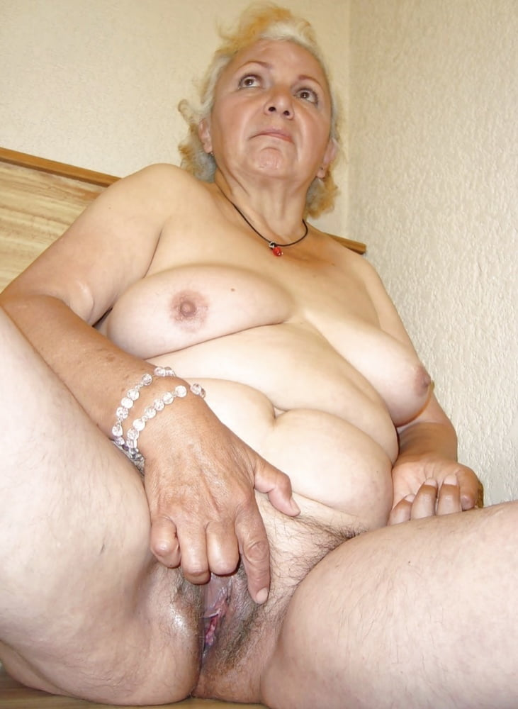 very-fat-big-naked-older-granny-from-ghana