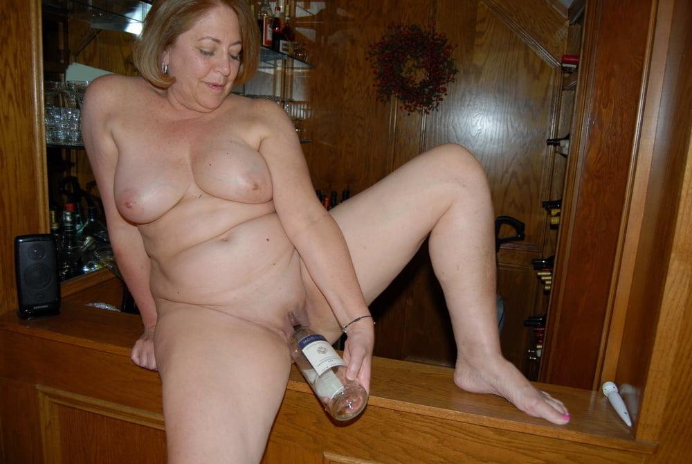 Donne costrette a leccare mens culo