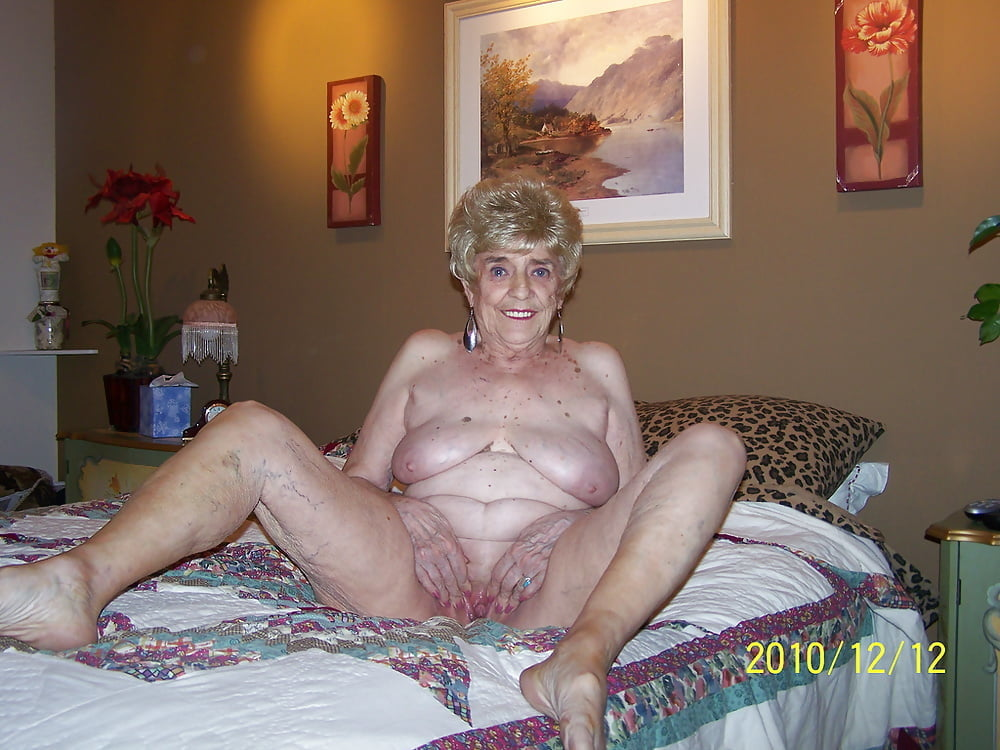 Wonderful Amateur Thes Old Sluts Can Be Your Granma Pics 1