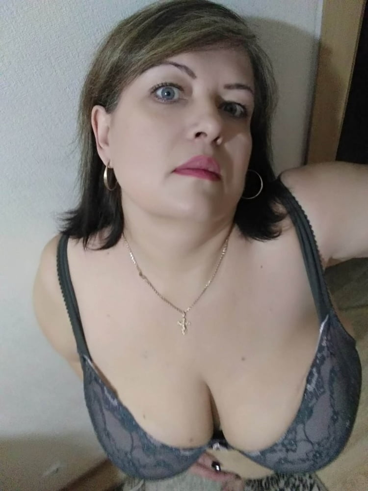 Shirts Porn galleries grandmother tits pictures