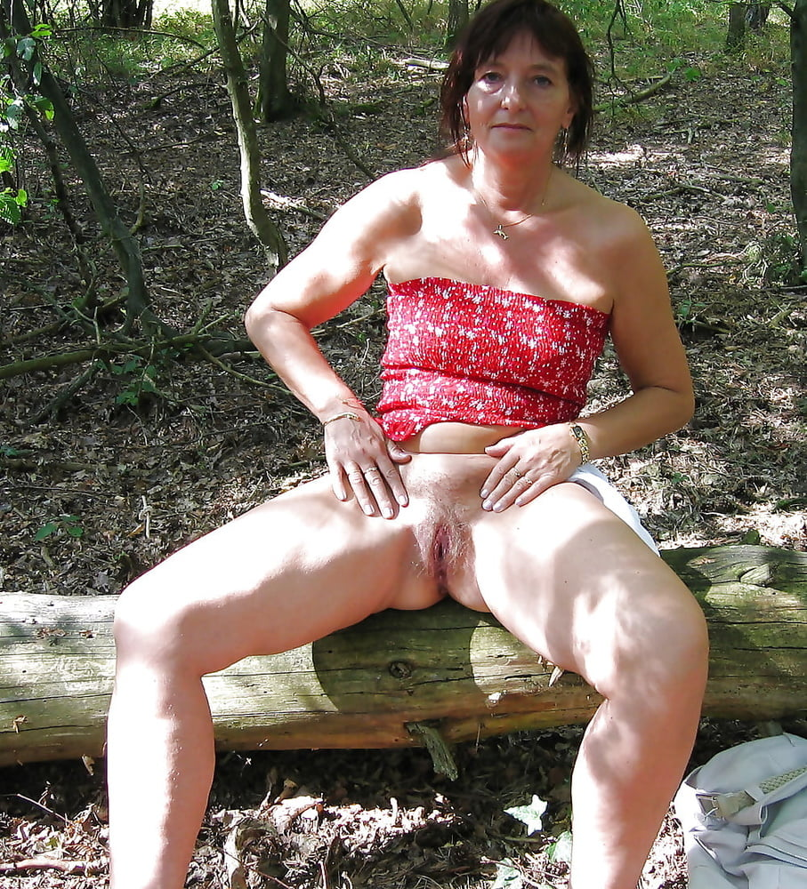 Outdoor wives #2246 Wedding Ring Swingers - 100 Pics