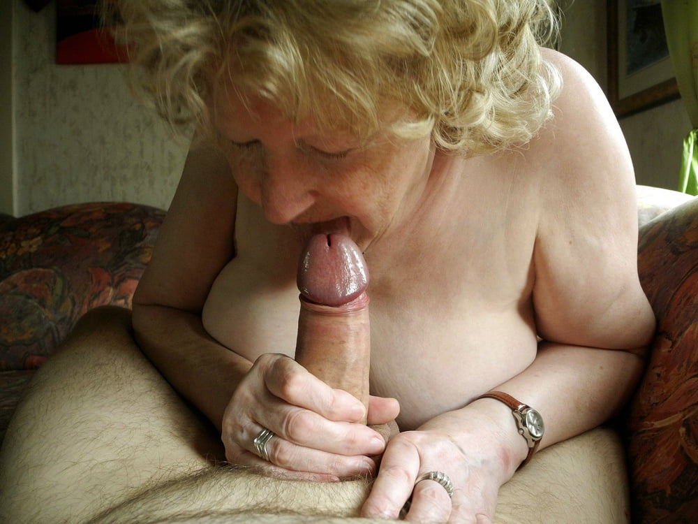 Old daddy with fat dick nicely sucked by a young blonde