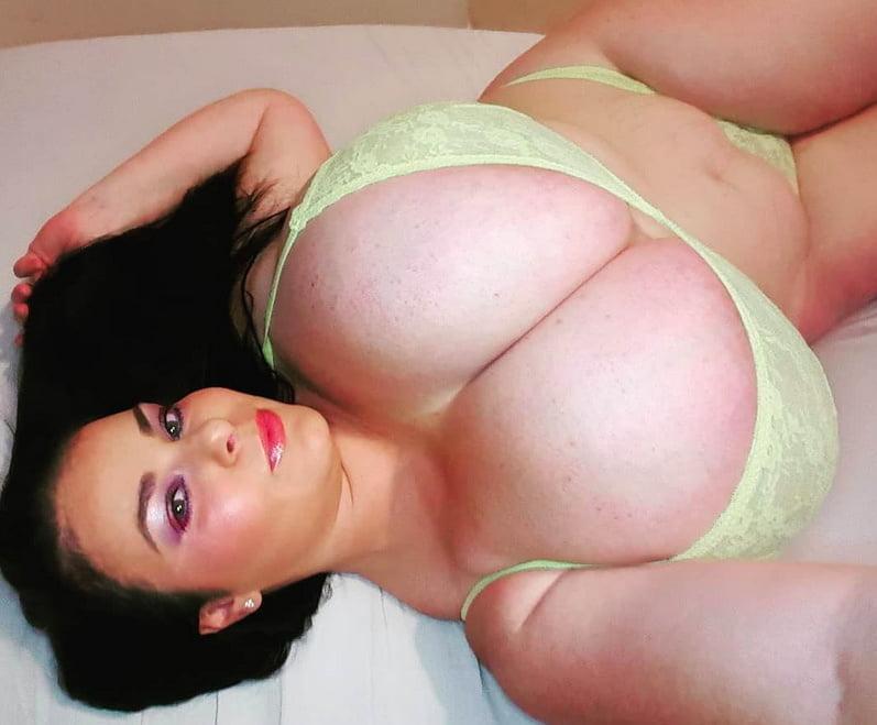 BBW SEXY BRA 359 - 50 Pics