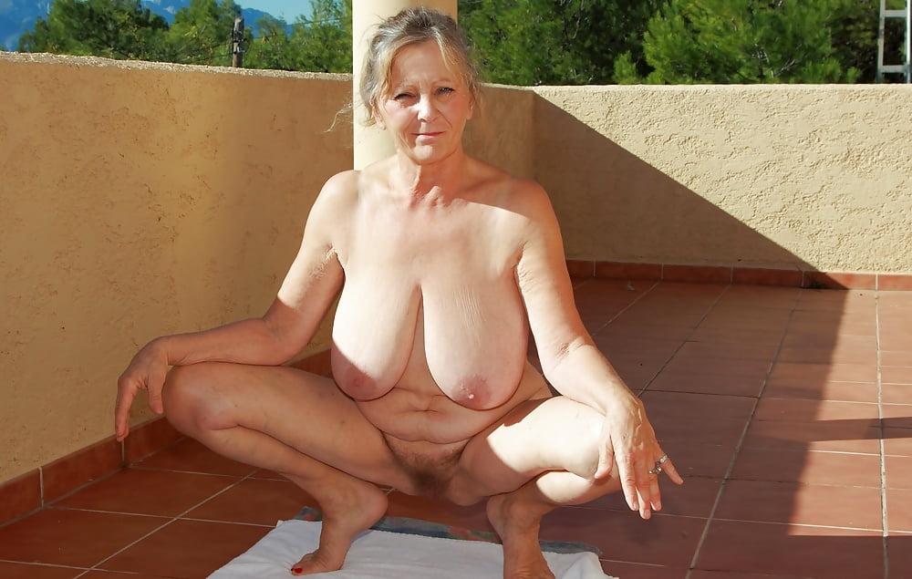 Naked mature women saggy