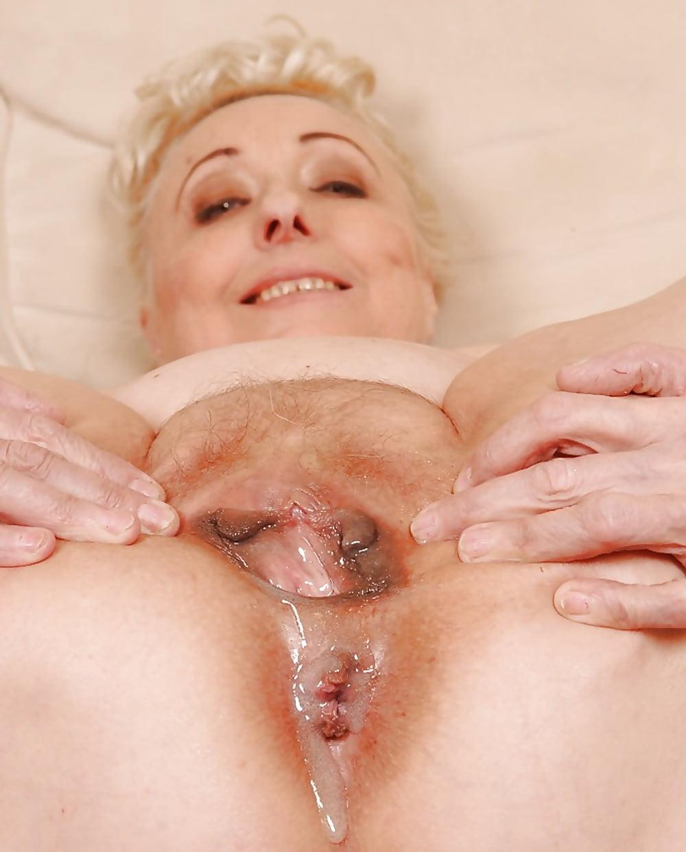 Порно бабуси оргазм