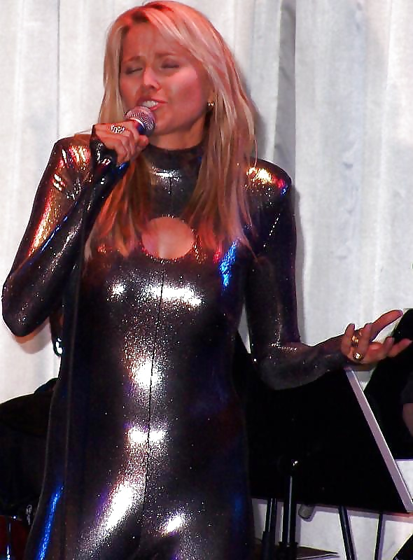 lucy lawless sexy in catsuit pics xhamster com