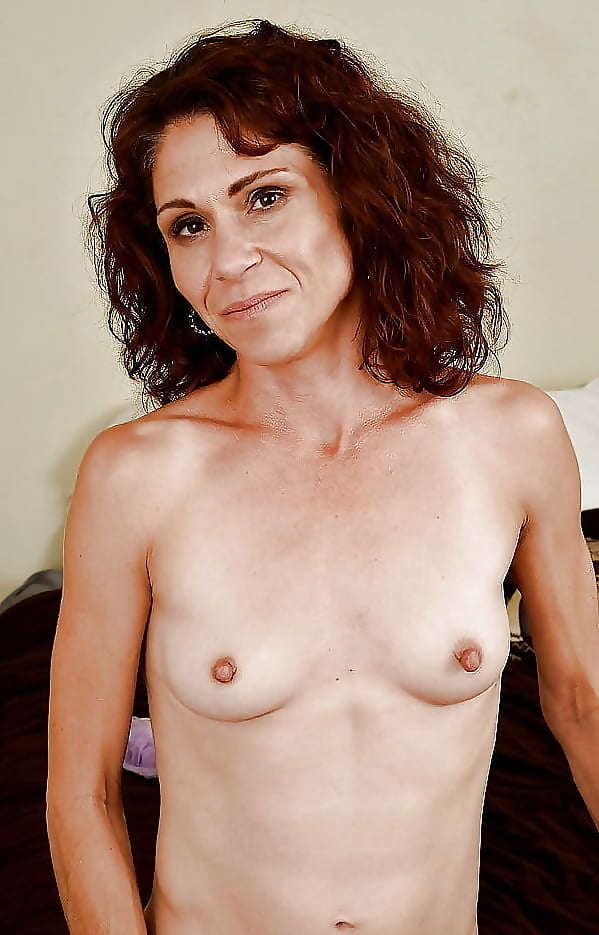 Fitness milf with big breasts