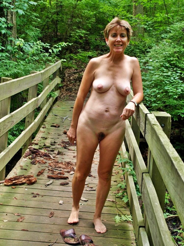 pregnant nude amateur