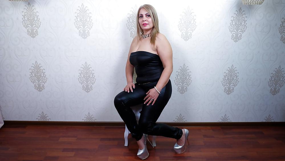 Cougar porn black-2178