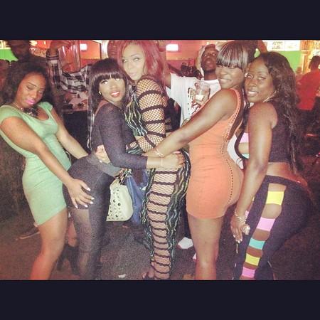 Sexy ebony women