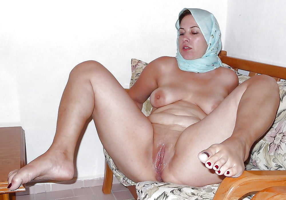mature-arab-videos-young-asian-lesbian