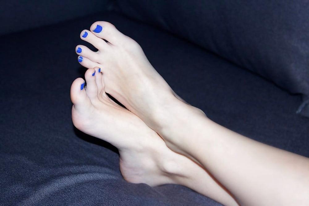 Sri Lanka Girls Naile An Feet