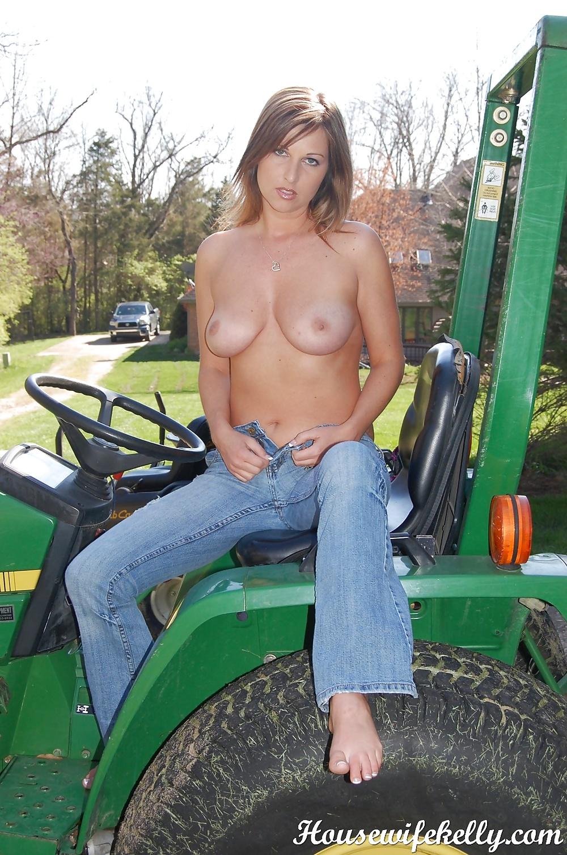 women nude pics on tractors