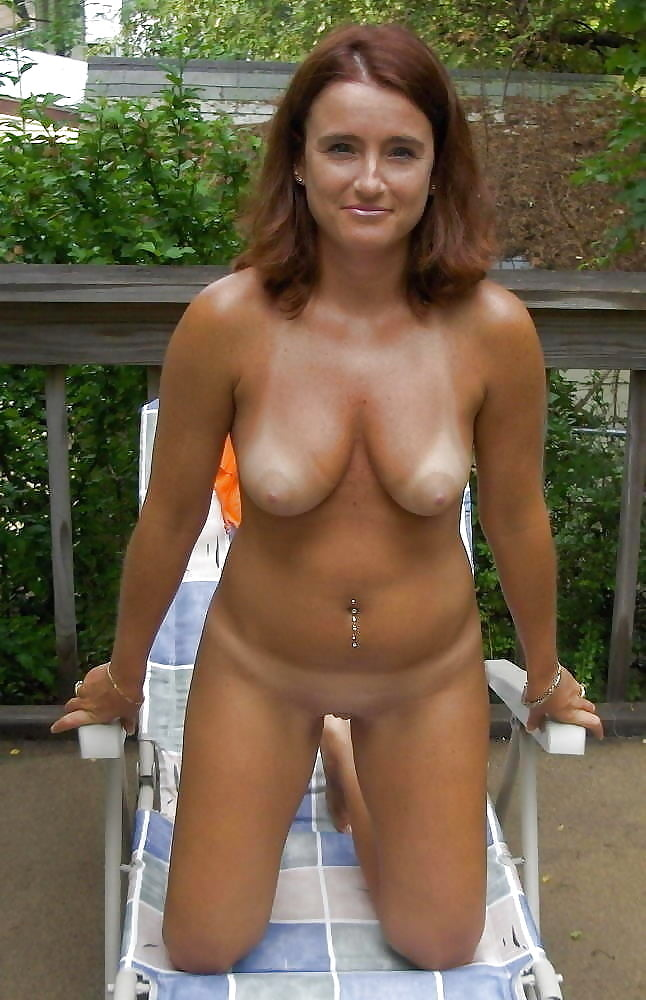 hot-wives-club-nudes
