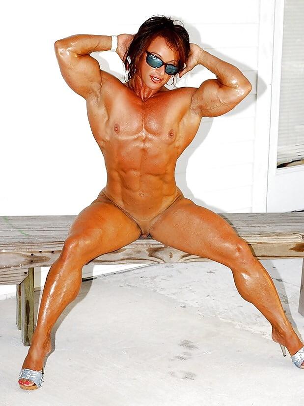 Colette guimond nude — pic 1