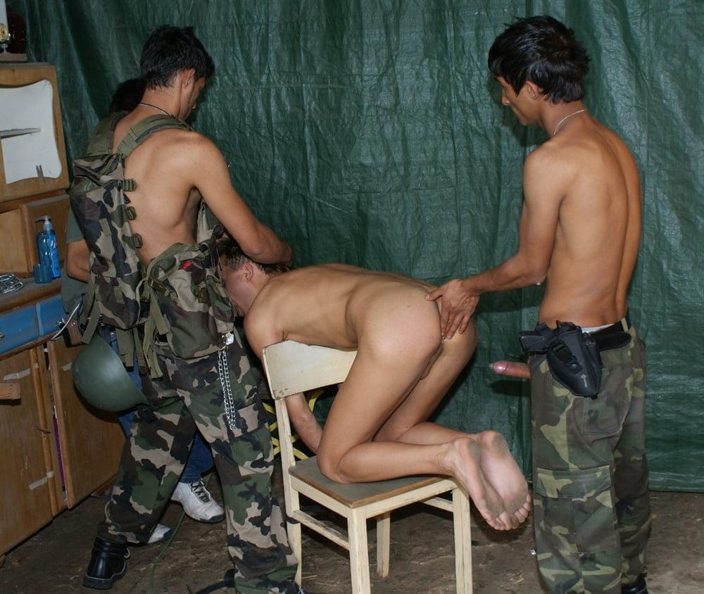 Порно Девки В Армии