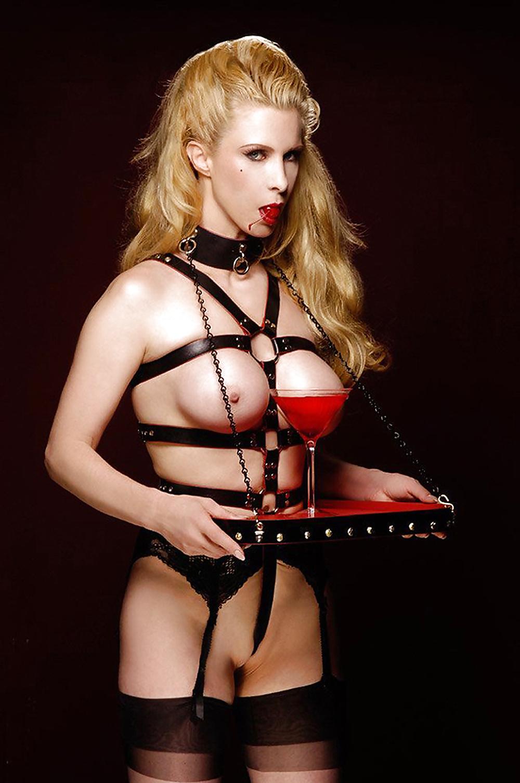 Chesty bondage model