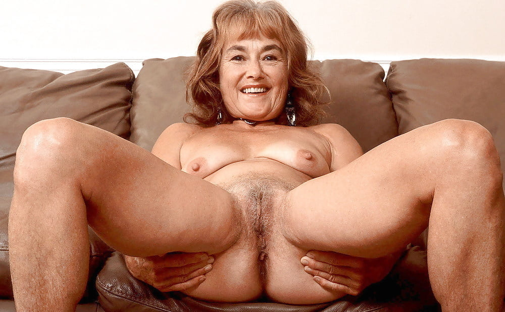 another-mature-older-women-nude-pictures