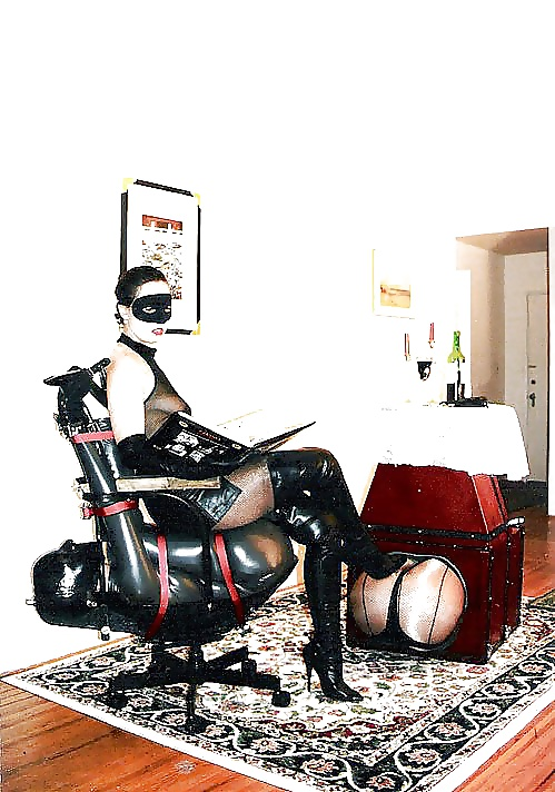 Fetish Bondage Of Bdsm Machine Sex With Handcuffs Sexy Constricting Kit Chair