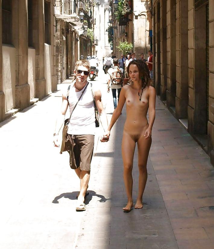 Nude in spanish