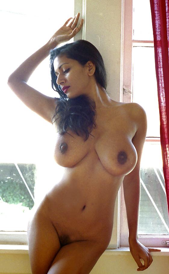singaporean-indian-nude-porno-roman-woman-pic