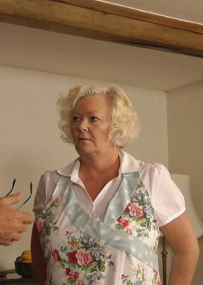 Homemade husband watches wife take huge bbc creampie