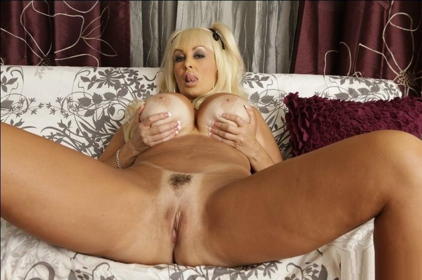 zrelie-aktrisi-porno-spisok-porno-video-paren-s-vaginoy
