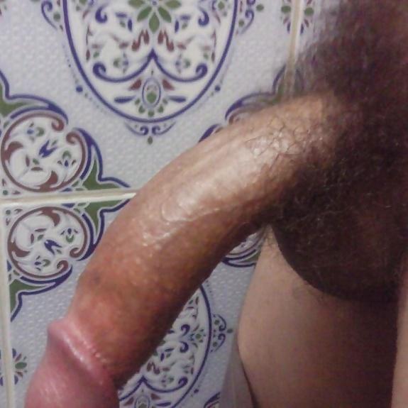 Hot Persian Iran Girl Sucks Big Moroccan Cocks