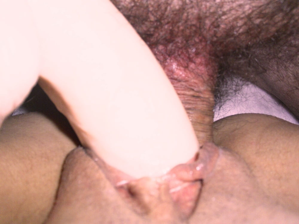 Whore to share, expose and repost