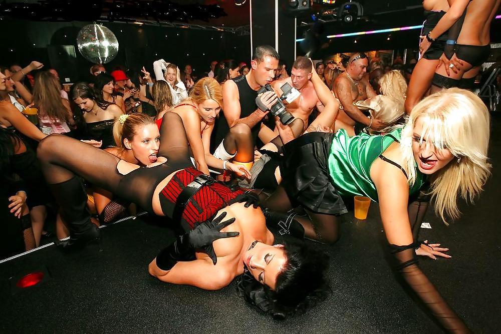 Клуб для лесбиянок киев видео — photo 7
