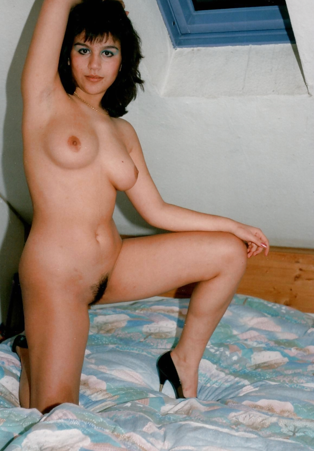 Polaroid Wives Posing Nude - 14 Pics  Xhamster-8431