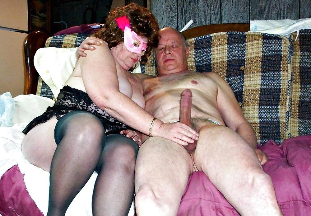 Gay Grossmutter Zierlicher Gangbang
