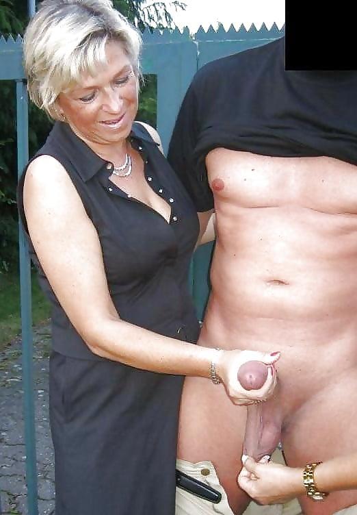 mature-women-cfnm-handjobs