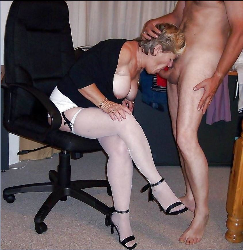 Sexy Amateur Housewife In A Suit 4Porn 1