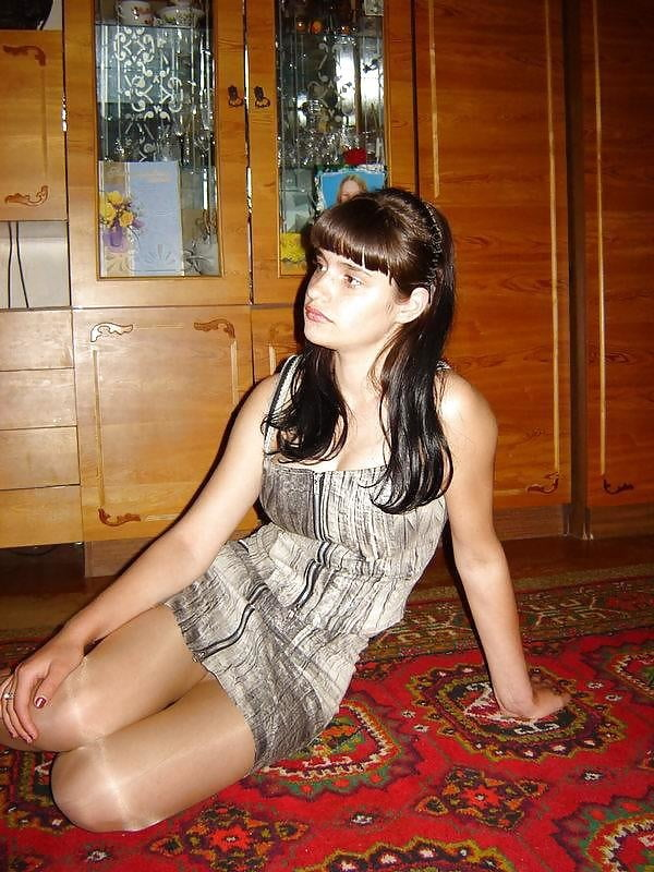 Violetta exposed - 37 Pics