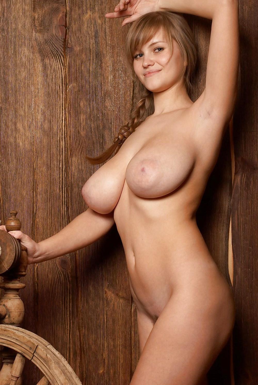 porno-bolshie-siski-russkie-eroticheskie-filmi-trahnuli-telku