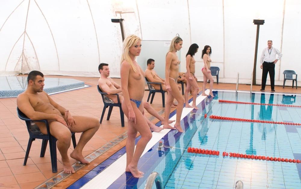 Ебля с телками по синхронному плаванию смотреть
