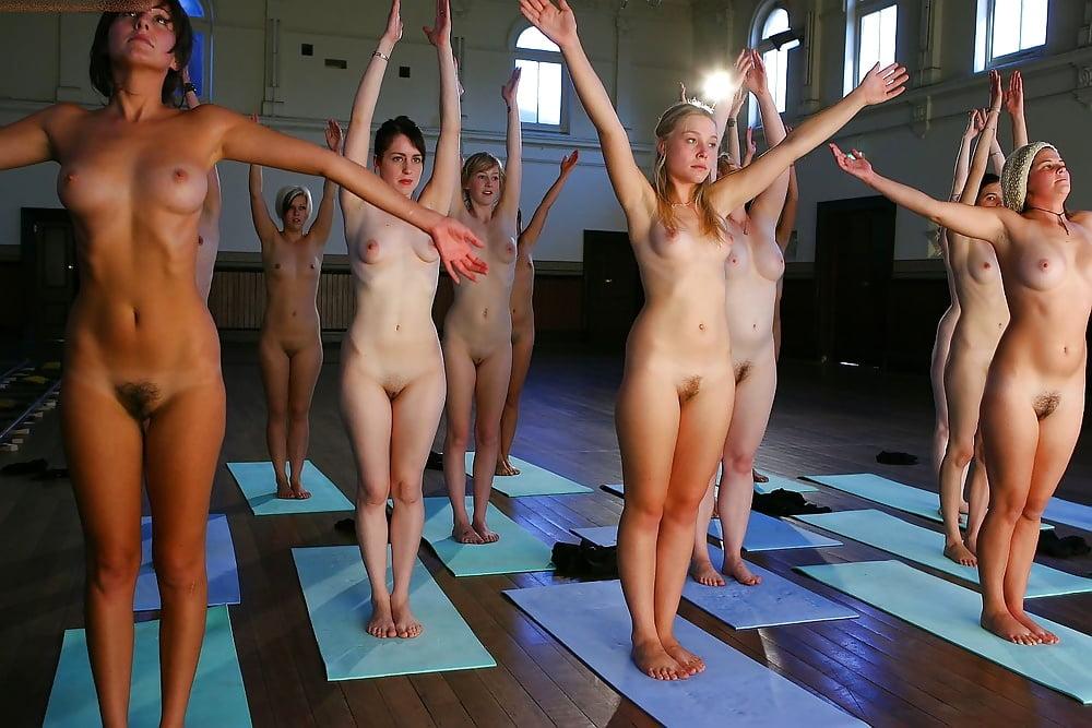 Фильм голые девушки на аэробике порно