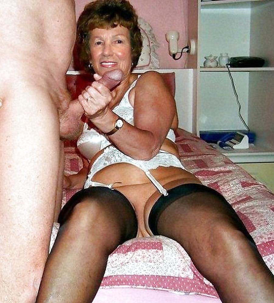 mature-fanny-pics-xxx-santi-lesbian