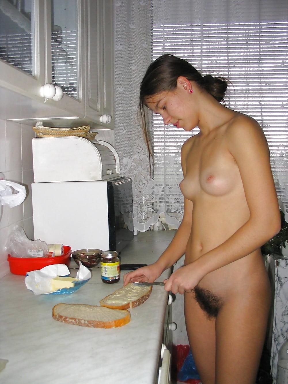 поднял ее, видео голые девушки одни дома японии традиции