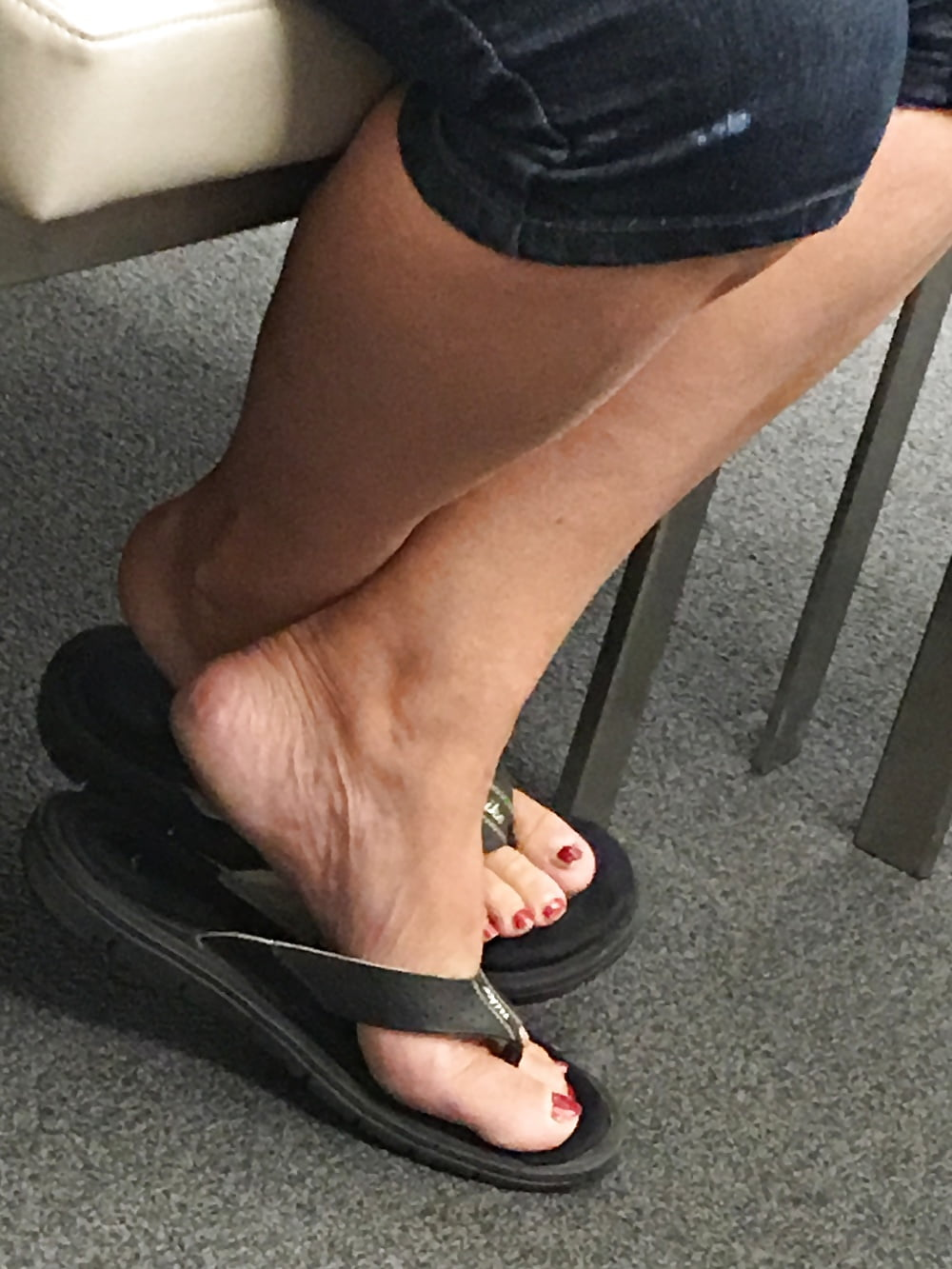 See And Save As Milf Feet Candid Porn Pict