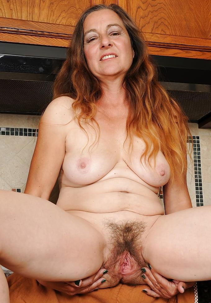 Horny mature sex pics, women porn photos