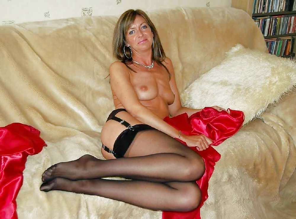 Mature Stockings Heels Solo