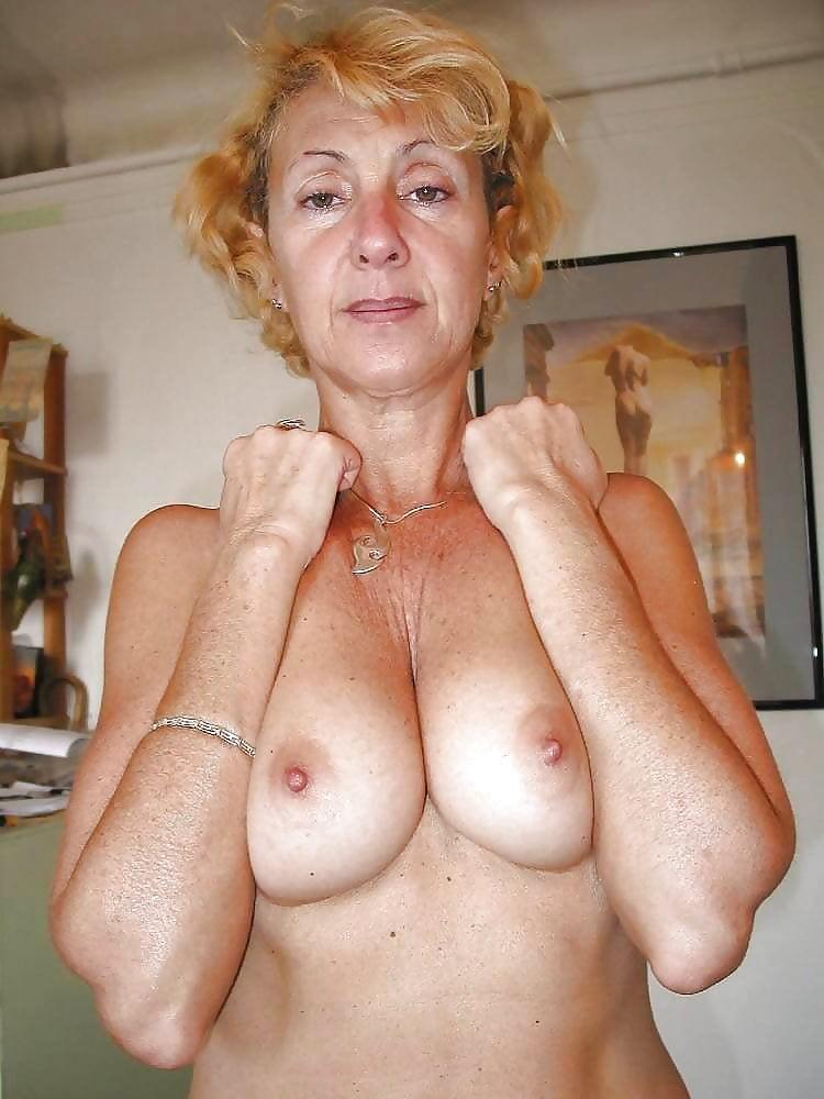 Granny, Older, Seniors Hotties 6 - 39 Pics  Xhamster-8519